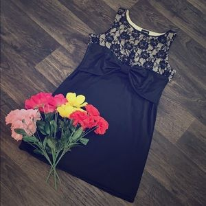 🌺🌻Beautiful Rue 21 Bow Lace Black Dress🌼🌸